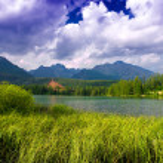 Mountain lake Strbske pleso, High Tatras, Slovakia — Stock Photo