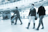 People in shopping mall — Stock Photo