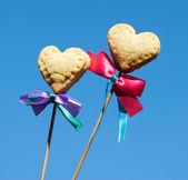 δύο μπισκότα σε σχήμα καρδιάς — Φωτογραφία Αρχείου