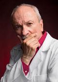 Doctor en medicina con estetoscopio — Foto de Stock