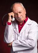 Medische arts met een stethoscoop — Stockfoto