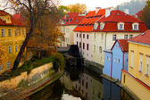 A water mill on a river in Prague, Czech Republic. — Stock Photo