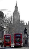 Big Ben and duoble decker — Stock Photo
