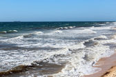 Stormy Indian Ocean waves on the sandy beaches at Bunbury Western Australia — Stock Photo