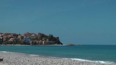 The shore near Castel di Tusa — Stock Video