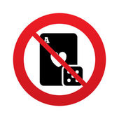 No Casino sign icon. Playing card with dice symbol — Stock Vector