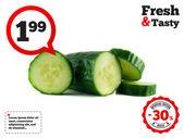 Beyaz izole dilim dilimlenmiş salatalık — Stok fotoğraf