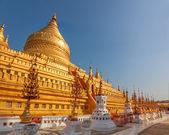 The Shwezigon Pagoda — Stock Photo