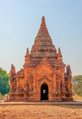 Simple and beautiful pagoda in Bagan — Stock Photo