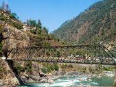 Железный мост в Рудрапраяг — Стоковое фото