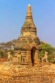 Antiga stupa em bagan velho — Foto Stock