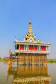 Pagoda in Inle lake, Myanmar. — Stock Photo