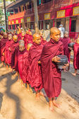 Buddhist novices in Mandalay — Stock Photo