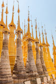 Indein, Inle Lake, renovated pagodas — Stock Photo