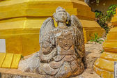 Ruined statue in Indein, Inle Lake — Stock Photo