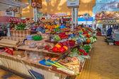 比萨拉布斯基室内市场基辅 — 图库照片