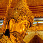 Mahamuni Buddha Temple — Stock Photo #44516853