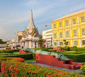 Ministry of Defence building Bangkok and museum — Stock Photo