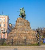 The Khmelnytsky Monument in Kiev — Stock Photo