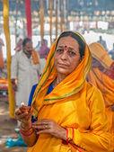 Hindu lady in Haridwar — Stock Photo