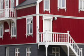 Old house with traditional metallic facade in Iceland — Stock Photo