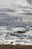Iceland. Southeast area. Fjallsjokull glacier with tourits. — Stock Photo