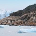 Patagonian landscape. Glacier detail and rocks. Argentina — Stock Photo #46080357