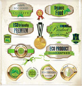 Collection of vintage retro grunge bio and eco organic labels — Stock Vector