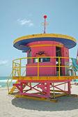 Růžový plavčík věž — Stock fotografie