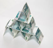 Geld piramide — Stockfoto