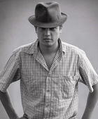Portrait of gangster man — Stock Photo