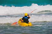 Towards the waves on a kayak — Stock Photo