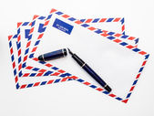 Airmail Envelopes and Fountain Pen — Stock Photo