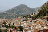 Taormina, Sicily With Mountains In Background — Стоковое фото