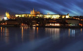 Prague castle with river Vltava at twilight - long exposure — Stok fotoğraf