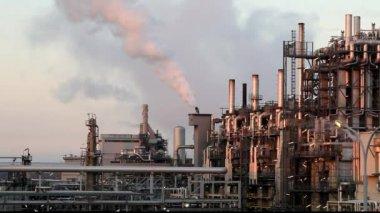 Zásobníku factory kouře — Stock video