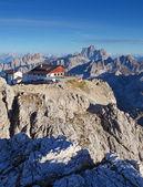 Berg aan de zomer - top van lagazuoi, dolomieten, italië — Foto de Stock