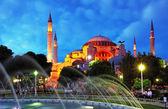 Istanbul mosque - Hagia Sophia at night — Stock Photo