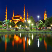 Blue Mosque with reflection - Istanbul — Stock Photo