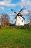 ветряная мельница — Стоковое фото