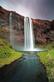 Iceland waterfall - Seljalandsfoss — Stock Photo