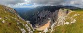 View at alpine mountain peaks - Raxalpe — Stock Photo