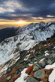 Puesta de sol en las montañas — Foto de Stock