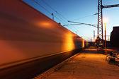 движение поездов на станции — Стоковое фото
