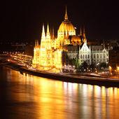 Budapest - Hungarian parliament at night - Hungary — Stock Photo