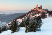 The ruins of castle Cachtice in winter — Stock Photo
