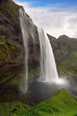 Seljalandsfoss. Beautiful waterfall in Southern Iceland. — Stock Photo