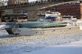 A pleasure boat on the Moscow river icebreaker — Stock Photo