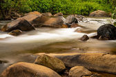 Beautiful stream and big stones  in the forest of  Thailand — 图库照片