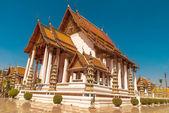 Wat suthat, templo real en el columpio gigante en bangkok en tailandia. — Foto de Stock